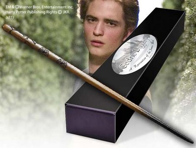 Harry Potter - Bacchetta di Cedric Diggory - Prodotto ufficiale © Warner Bros. Entertainment Inc.