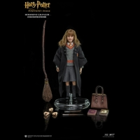 Harry Potter - Action Figure Iper Realistica - Hermione Granger - Prodotto ufficiale © Warner Bros. Entertainment Inc.